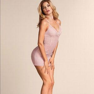 New VICTORIA'S SECRET Sexy little Lacie Lace Slip